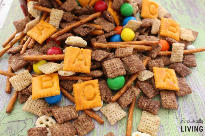 Make this no-nut Back to School Trail Mix as a sweet and salty treat for your kids to enjoy.