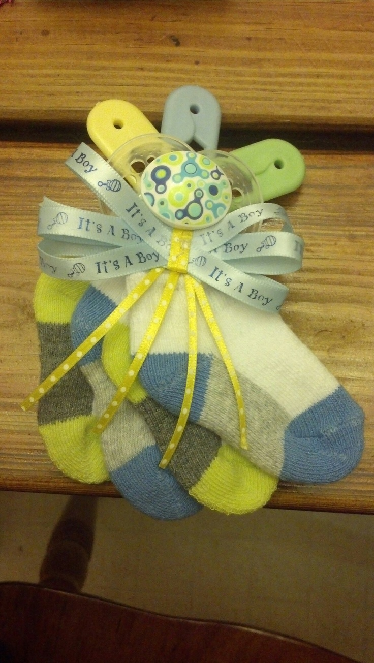 Baby boy corsage for a mother/mother to be. :)