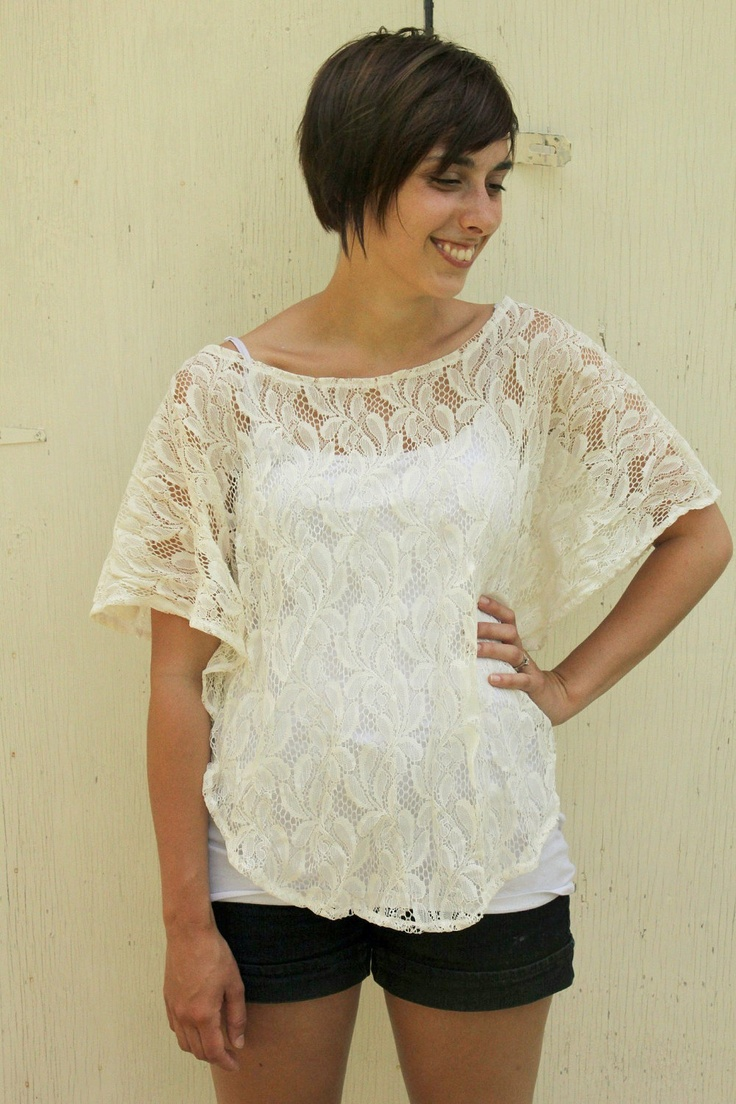 Floral Print Lace Top-Size Small. $25,00, via Etsy.