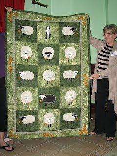 17 Best Images About Sheep Quilts On Pinterest Folk Art
