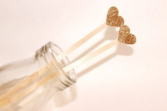 Cocktail/Drink Stirrers/Swizzle Sticks. Glitter Love Heart. Gold or Silver. Pack of 12. Wedding - Engagement - 21st - Formal Function.