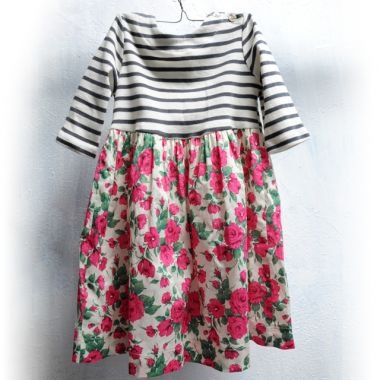 Precious!: Fashion Kids, Islands Dresses, Kids Style, Kids Dresses, Sewing Dresses, Baker Islands, Girls Dresses, Rose Prints, Dresses Hands