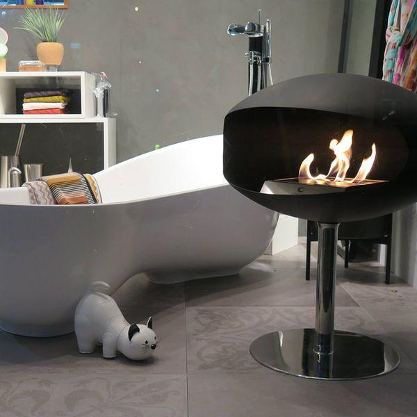 top3 by design - Top3 designer news South Yarra Showroom Window - Bathroom: resort chic