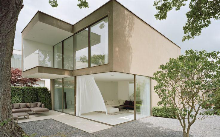 www.sky-frame.com –  Architecture: ATP Sphere, Austria  Photography: Brigida Gonzalez, Germany www.brigidagonzalez.de