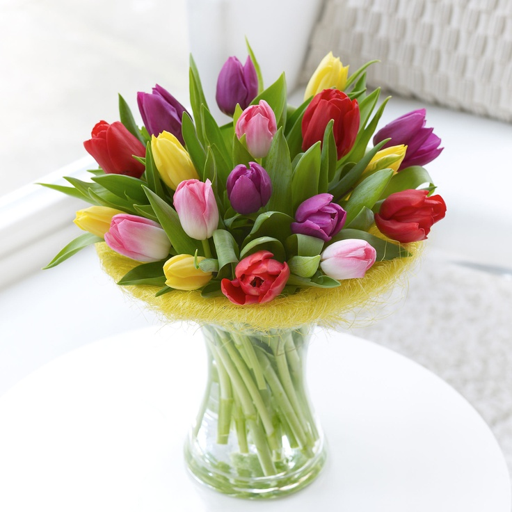 Spring colour tulips lovely for Easter table