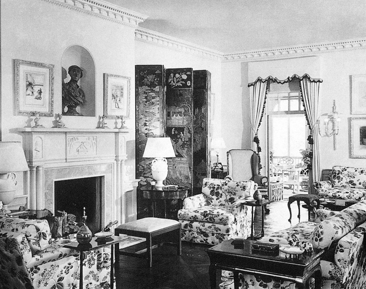 a sitting room decorated by frances adler elkins coco chanelsitting roomsfamous interior designersdeco