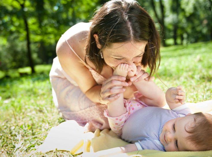 Jokainen äiti haluaisi olla hyvä äiti, mutta miten kasvattaa villeistä pojista ihania miehiä?Katso tästä, mitä varsinkin pojat tarvitsevat äideiltään.