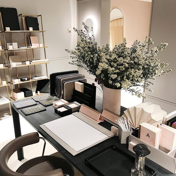 Late night shopping at our @westfieldsyd store, a tranquil stop in your Christmas shopping rush 😘 // shop personalised leather accessories via @thedailyedited www.thedailyedited.com //