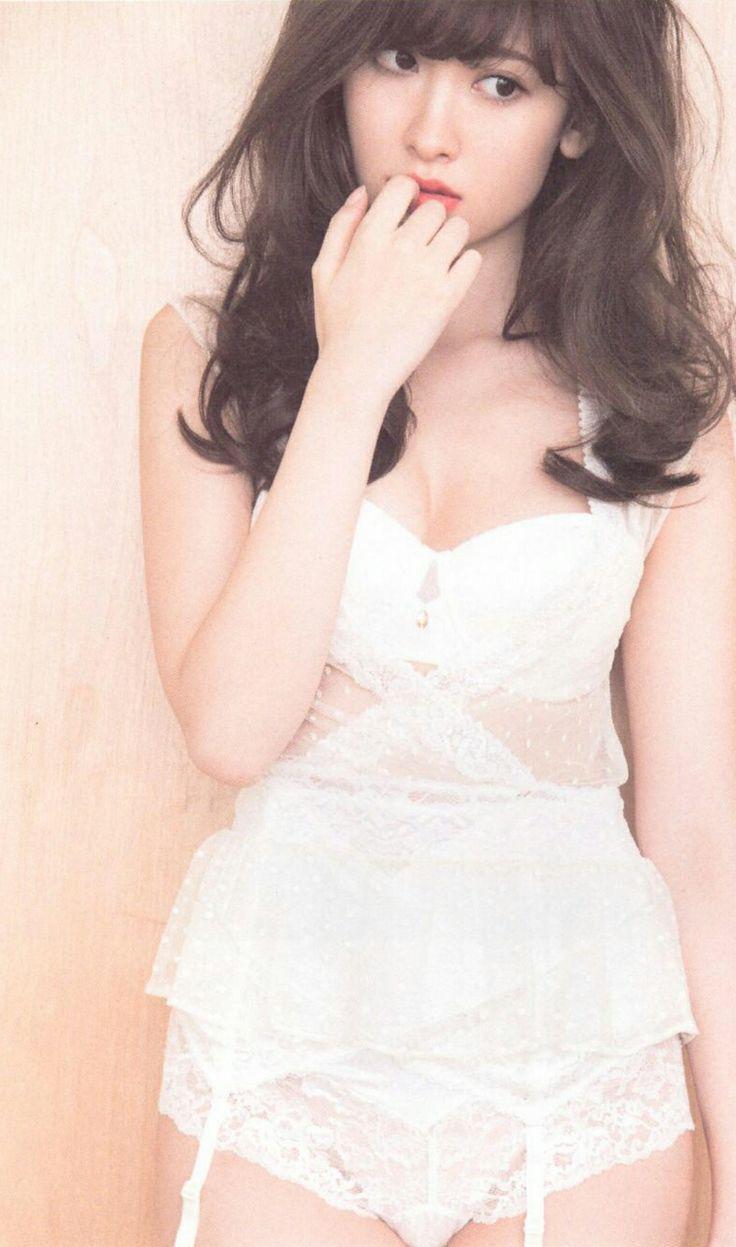 写真女王:小嶋陽菜