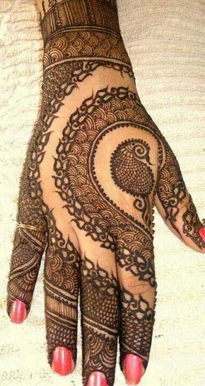 Mehendi #mehendi #wedmegood If you like this then check out the Home Decor at designsbynn.com