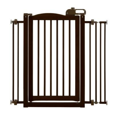 wood onetouch pet gate in dark
