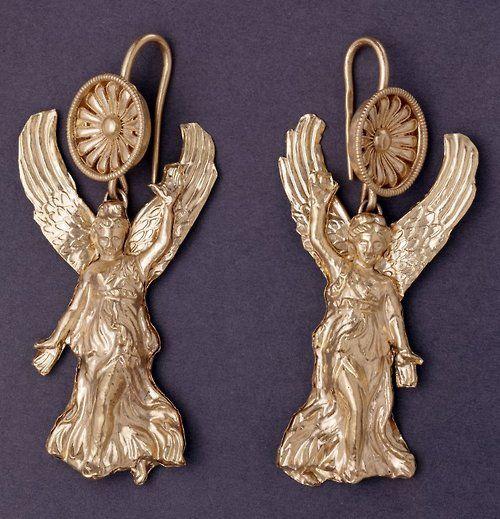 Macedonian gold Nike earrings C.300BC The British nuseum