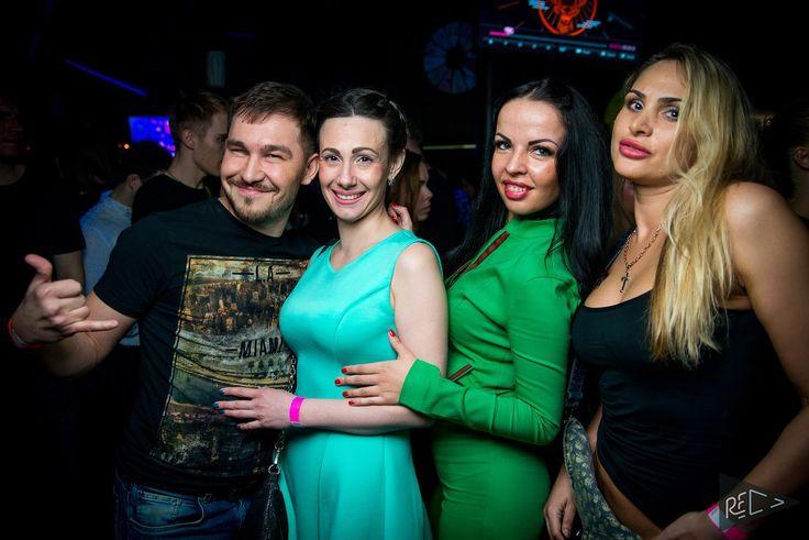 Фото с чикулями. Вечеринка в Вайт бар 2016 год ----------------------  #Вайт_бар #электронная_музыка #white_bar #тусе_Новосибирск #вечеринка_Новосибирск #party #пятница_вечер #after_party #deephouse #house #clubmusic #tusa #afterparty #ночной_клуб