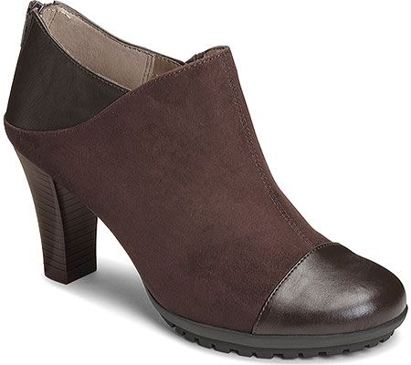 Modern and chic, this Aerosoles ankle boot is easy to dress up.