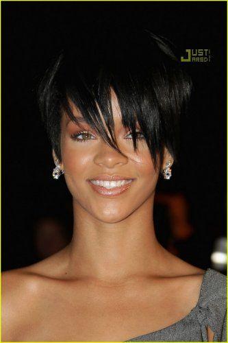 Google Image Result for http://3.bp.blogspot.com/_LaCNOA0IwTI/TOptabYBYKI/AAAAAAAAAS0/bZyn3SLyvT0/s1600/rihanna-super-short-hair-1.jpg