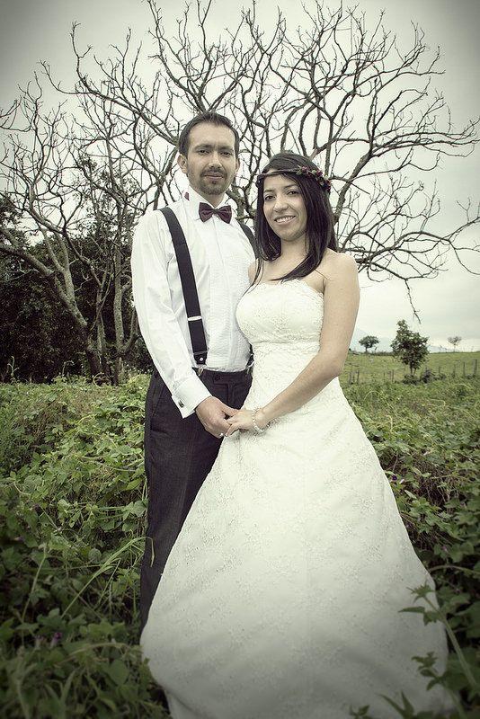 Boda de Julian y Marcela por IL DIVINO, Fotógrafos y cineastas profesionales para Bodas y Matrimonios en todo Colombia.   WEB http://ildivinostudio.blogspot.com/  EMAIL: ildivinostudio@gmail.com  CELULAR: 300.300.9059