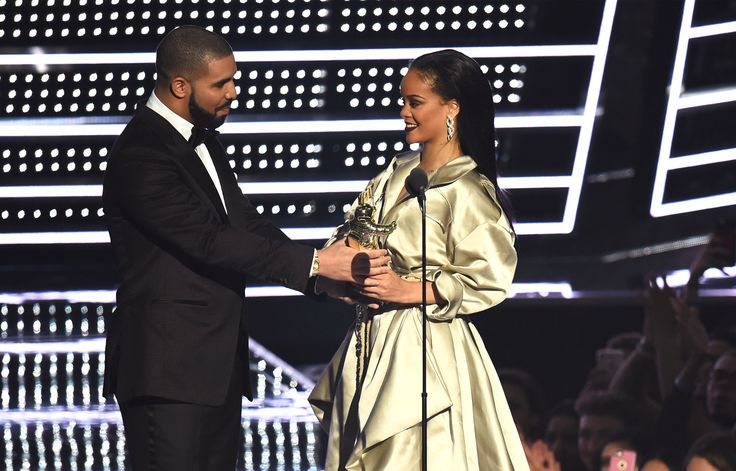 Are Drake and Rihanna dating - Atlanta Journal Constitution