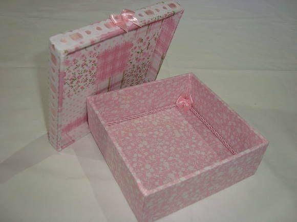 Caixa revestida com tecido | MatsuArt Lembranças Artesanais | 318A34 - Elo7