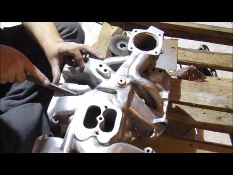 Ręczna polerka kolektora - stolik z silnika Rolls Royce