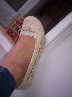 Mis puntadas preferidas: zapatos tejidos para niñas y niños