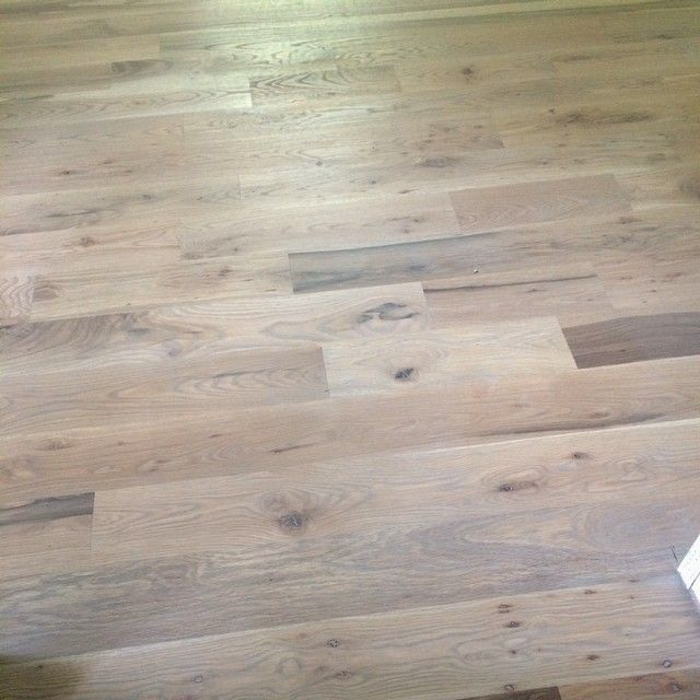 We Came Up With The Winning Stain Combination At Dcsrichmarreno All Minwax 1 2 Country White 4 Clic Gray Weathered Hardwood Flooring In