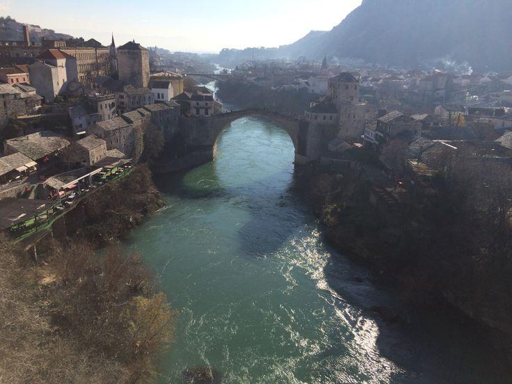 Saraybosna'da ne yenir? Dveri'de yemek yemeden ve Mostar'a uğramadan dönmeyin.