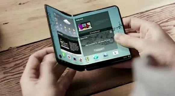 #Samsung показал первый в мире гибкий AMOLED-дисплей на CES 2014