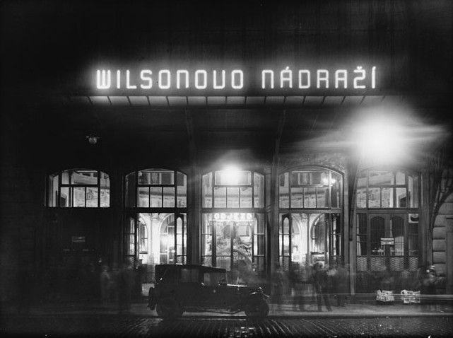 Prague Main Station 1928