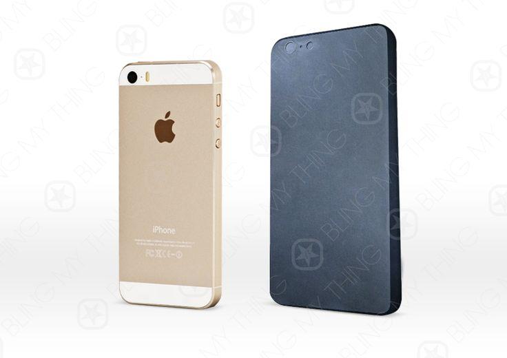 iPhone 6: Dummy Alarm! - http://apfeleimer.de/2014/03/iphone-6-dummy-alarm - Erster iPhone 6 Dummy gesichtet? Da zeigt sich doch heute spontan ein Bild eines iPhone 6 und rüttelt die Medien ordentlich durch. Vorder- und Rückseite eines iPhone 6 Dummy, ein funktionsloses Gehäuse des kommenden iPhone Modells, das für die Herstellung von iPhone Hüllen verwendet wird, muss si...