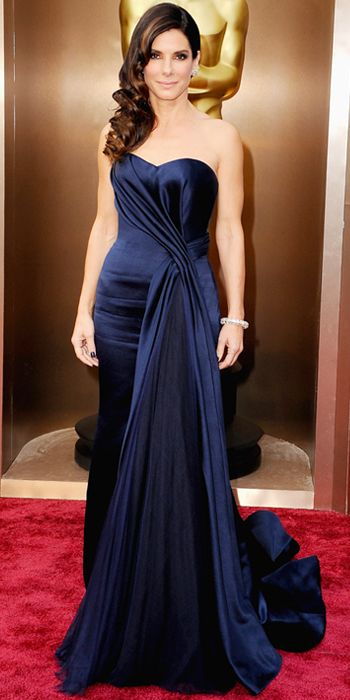 Love this deep jewel tone...Sandra Bullock in Alexander McQueen #oscars2014 #redcarpet #style