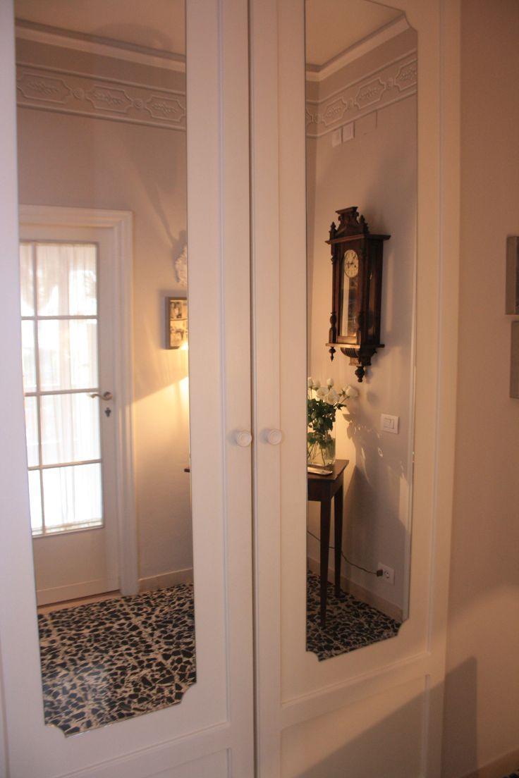 Oltre 25 fantastiche idee su armadio guardaroba su pinterest armadio costruire un armadio e - Armadio specchio ingresso ...
