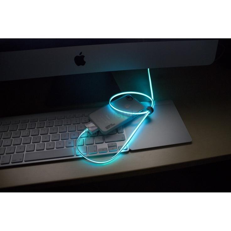 Il Cavo USB per iPhone/iPad/iPod che si illumina al passaggio della corrente! - http://goo.gl/gkbJ0