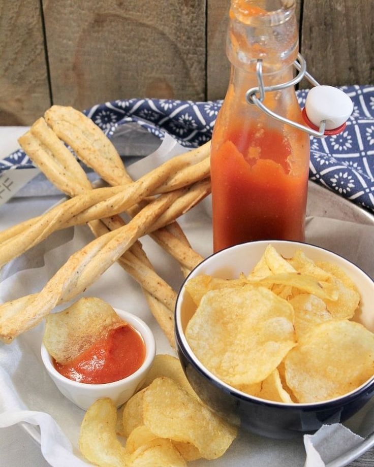 Ketchup fatto in casa  http://ift.tt/2cpk1v6  #ketchup #salse #glutenfree #patatine #foodporn #vsco #foodstyle #food #cooking #foodstagram #follow #followme #instagood #instalike #instadaily #recipe #italianrecipe #italianfood #ricettedellanonna #good #love #happy #italy #passione #fotooftheday #foodblogger #chef #beautiful #mulinobianco #vscofood