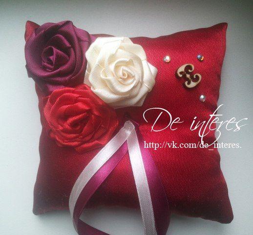 Подушечка для колец.свадьба,семья,счастье,красный,алый, розы. Wedding Ring Pillow