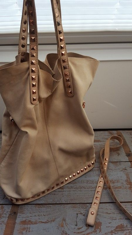 9b9b01e8c0e01 Zara Tasche Beutel Beuteltasche Leder Nieten Rose Gold - kleiderkreisel.de