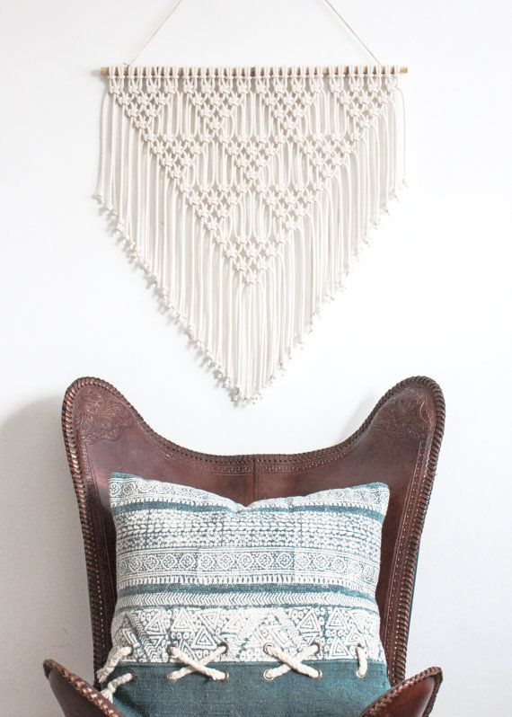 SALE !!! Macrame Wall Hanging > TRIANGLES > 100% Cotton Cord in Natural Ecru with Bamboo