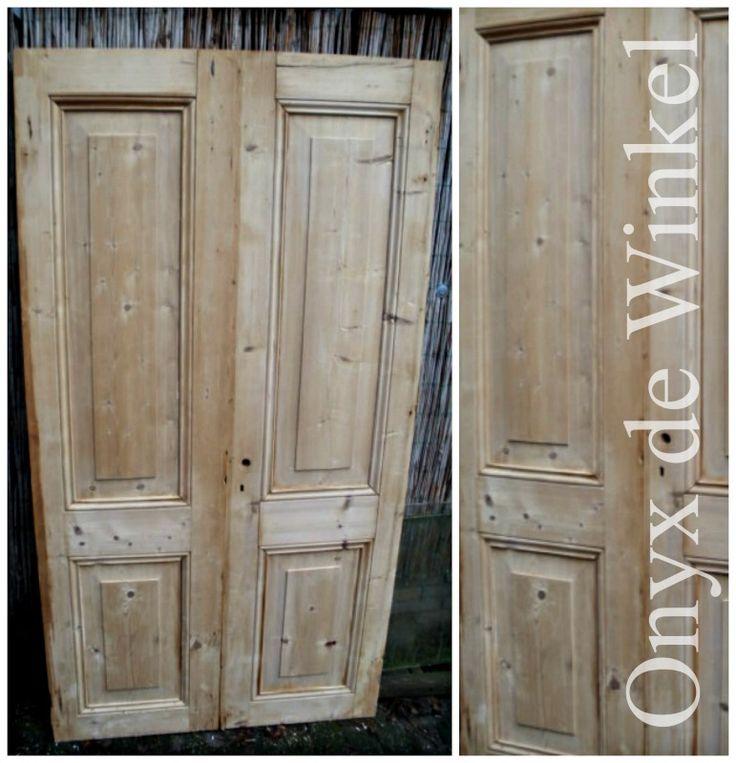 Old wooden doors @onyxdewinkel  Netherlands