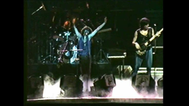 LOS ABUELOS DE LA NADA EN EL LUNA PARK 1984 (concierto completo)