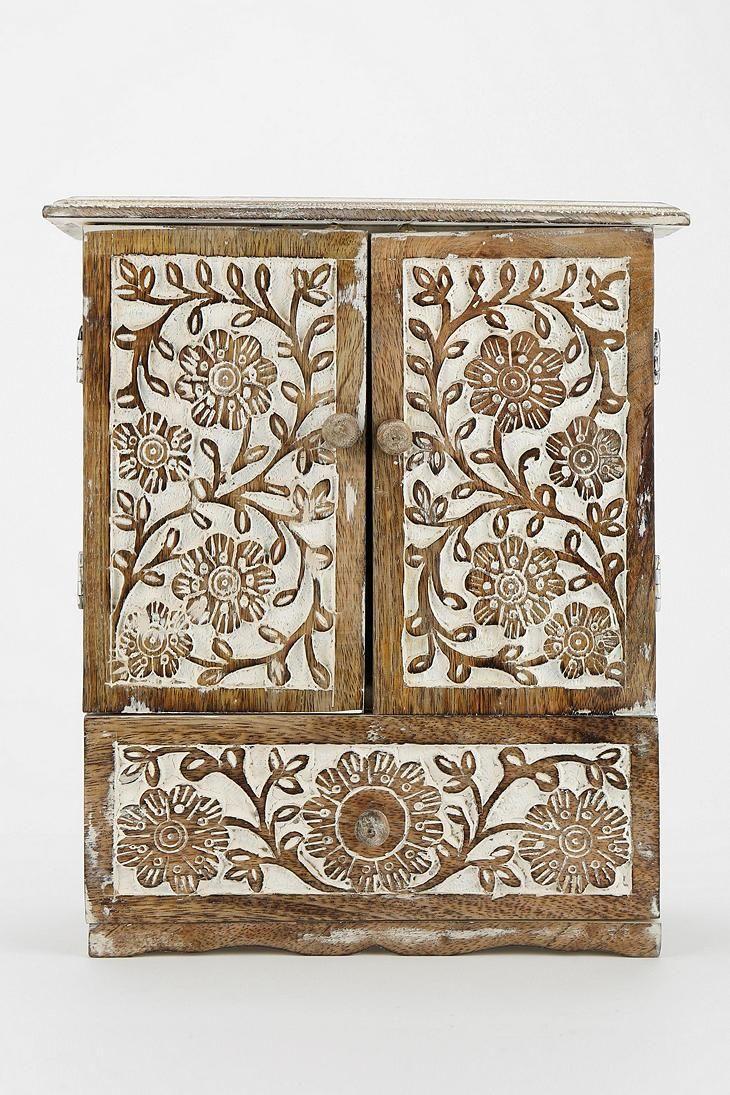 Best 25+ Jewelry cabinet ideas on Pinterest | DIY jewelry cabinet ...
