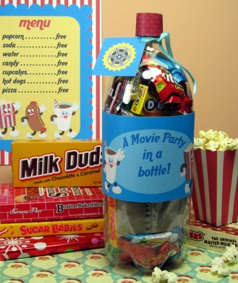 This site has so many awesome homemade gift ideas for kidsAwesome Homemade, Movie Parties, For Kids, Gift Ideas, Homemade Gifts, Gift Cards, Movie Night, Movie Basket, Movie Party