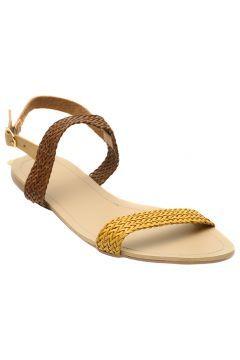 Yargıcı Kadın Sarı Sandalet https://modasto.com/yargici/kadin-ayakkabi-sandalet/br14778ct19