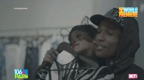 ASAP Rocky revisits his debut album Long Live ASAP as he drops off the official video for hia song. 'Fashion Killa'. The video features guest appearances by the entire ASAP Mobb and stars Rihanna as his love interest. Directed by Virgil Abloh. Related Posts New Music: ASAP Rocky Ft A$ton Matthews & Joey Fatts – [...]