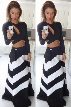 Pružkovaná dlhá sukňa vhodná na akúkoľvek príležitosť.60% polyestér, 40% bavlna