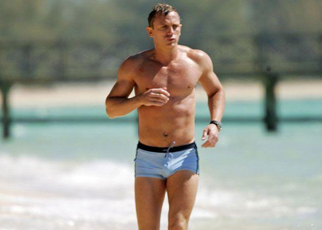 Daniel Graig Naked