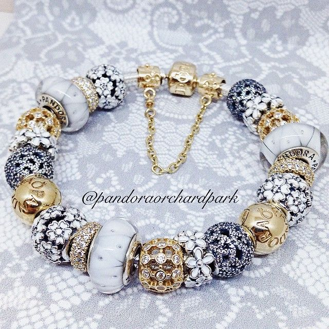 Pandora bracelet love this.. I've learned that the prettiest bracelets repeat the charms...