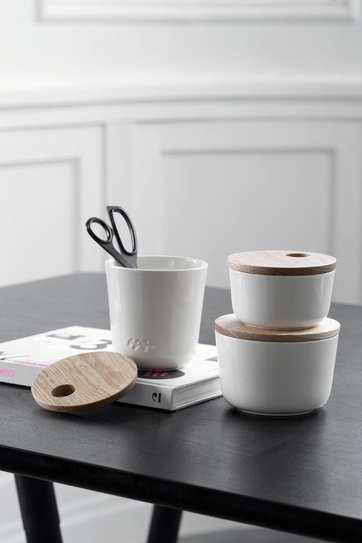 This stylish storage jar is inspired by the popular Kähler Unit furniture series. The storage jar is an elegant and functional storage solution for all of the small things that need storing away. Available in different sizes and colours.