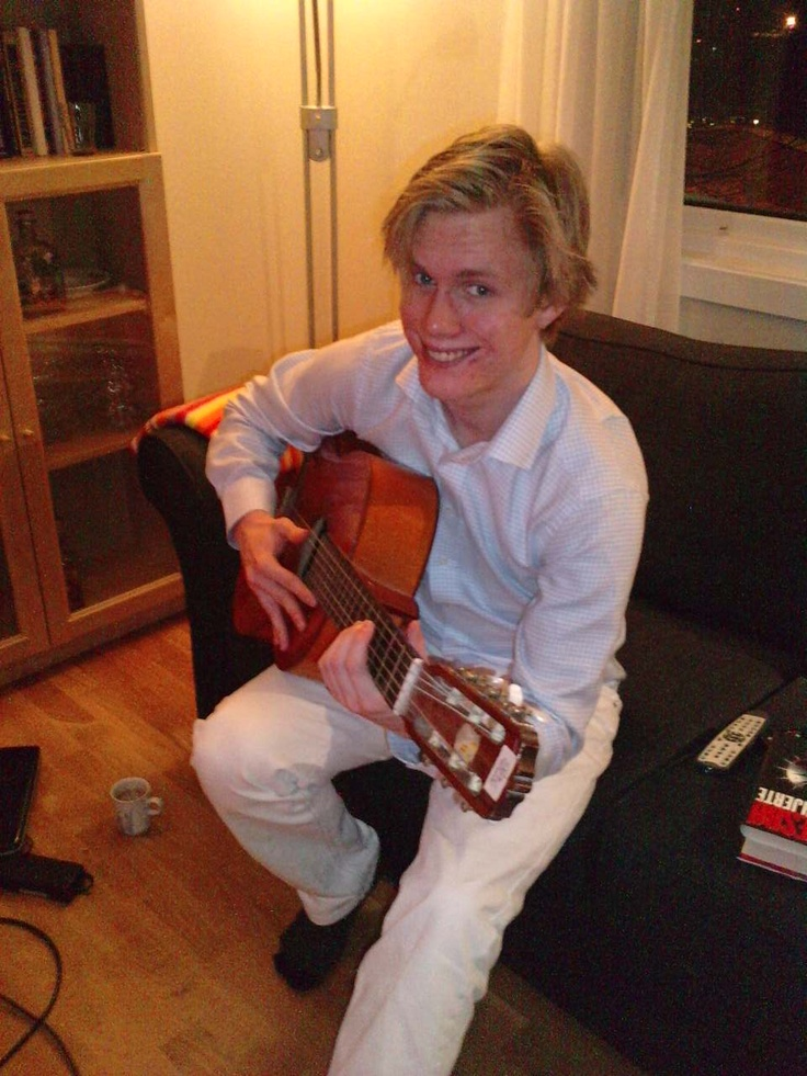 Henning, the guitar player