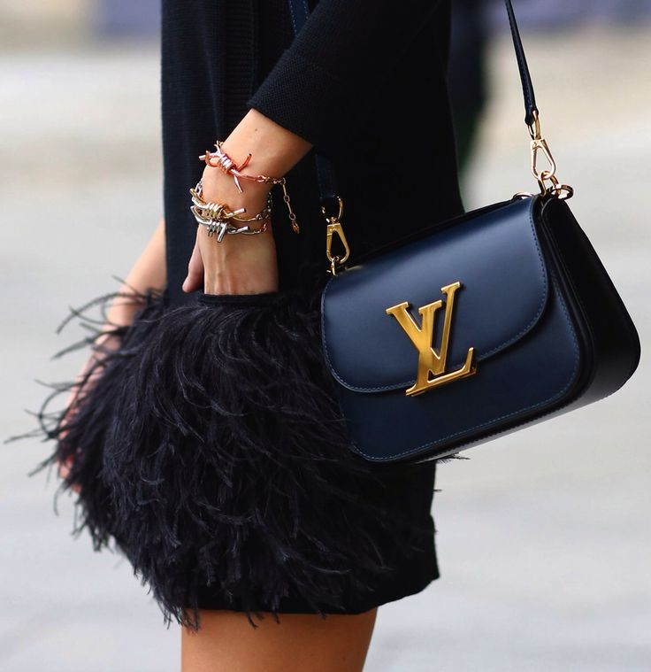 Feather skirt LV style