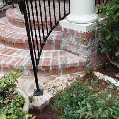 rounded brick front steps