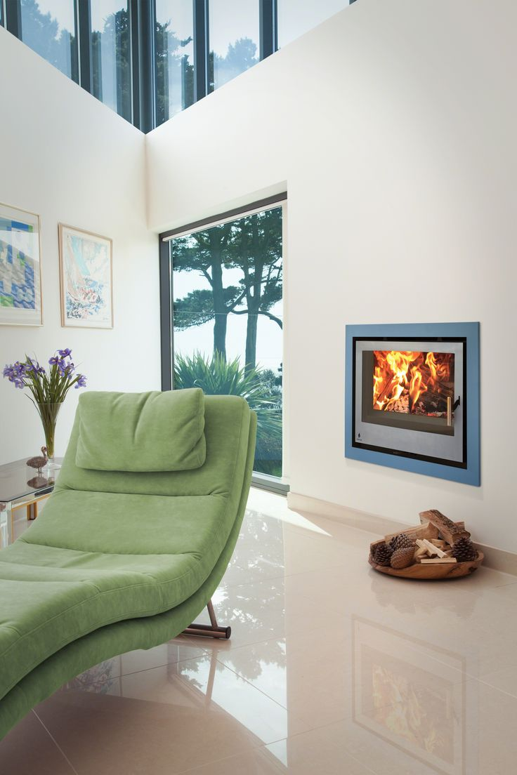 This is a beautiful contemporary setting for a log burner. I love how the traditional aspect of the stove and fuel have been fused with this clean and fresh design. We also happen to stock this magnificent Aarrow i600 slimline!